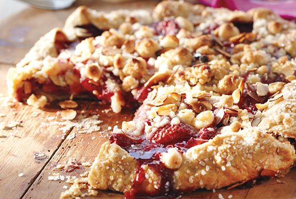 Streusel-Topped Strawberry Galette recipe