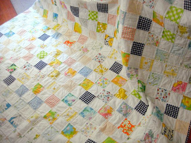 Vintage fabric  quilt by stitchesandtulips, via Flickr
