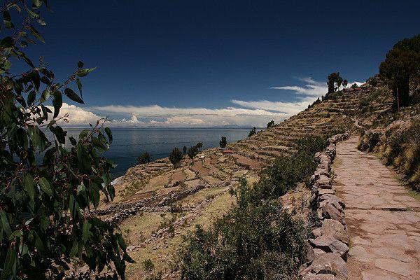 la Isla Taquile (II) wurde in Peru, Isla Taquili aufgenommen und hat folgende Stichwörter: Peru,  Titicaca,  Titicaca-See.