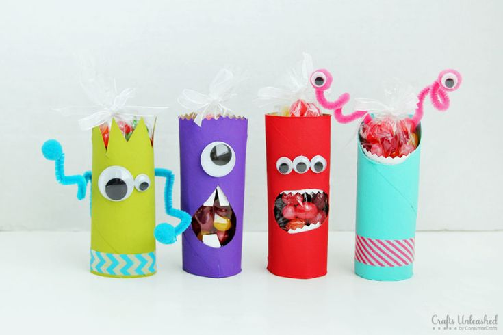 EASY Toilet Paper Roll Crafts: Recycled Monster Treat Holders, full step by step photo tutorial!