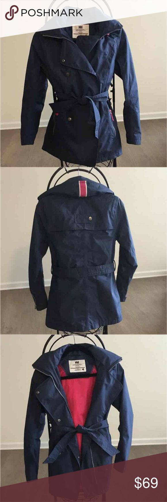 Helly Hansen Trenchcoat Worn a few times OG: $198 Link: https://www.amazon.com/Helly-Hansen-Womens-Welsey-Trench/dp/B011IS7PQO?th=1&psc=1 Helly Hansen Jackets & Coats Trench Coats