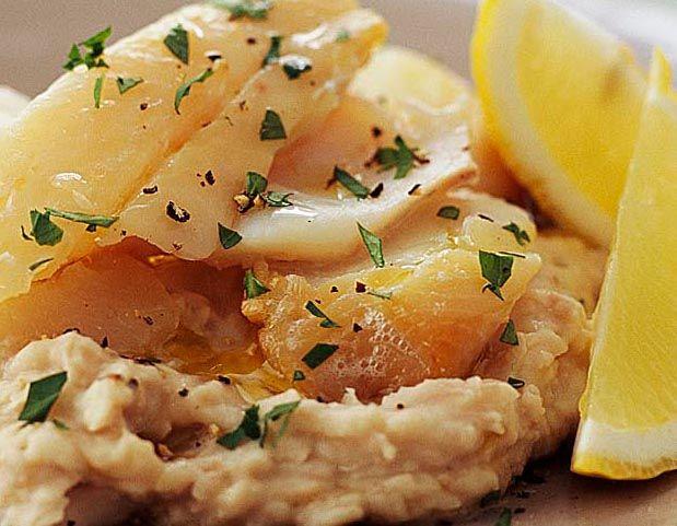 Snel gezond en lekker: vis goed voor je hersenen -  Vis is belachelijk gezond. Het stimuleert je hersenen verbetert je zenuwstelsel is goed voor je humeur. Kortom het is superfood! Vis is nog erg lekker ook en je hebt vele soorten om uit te kiezen veel meer dan alleen haring kabeljauw en tonijn. Wij kozen voor schelvis.  Onderzoek van de medische faculteit van de universiteit van Pittsburg heeft aangetoond dat één keer per week gebakken of gegrilde vis goed voor je hersenen onafhankelijk van…