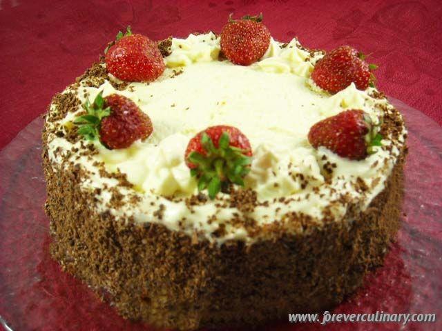 Бисквитный торт клубника с киви