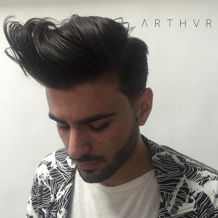 ΛCE// on some Ace Ventura shit with a twist! styled with @layriteofficial #layritecement ______________________________________ #ΛRTHVR #HairXARTHVR #HairbyARTHVR #menshair #hairstyles #SplatterHaus #SplatterHausLA #barber #hairstylist #hair #haircut #appointment #blowdry #haircut #texture #volume #movement #instadaily #barberstylist #barberlife New
