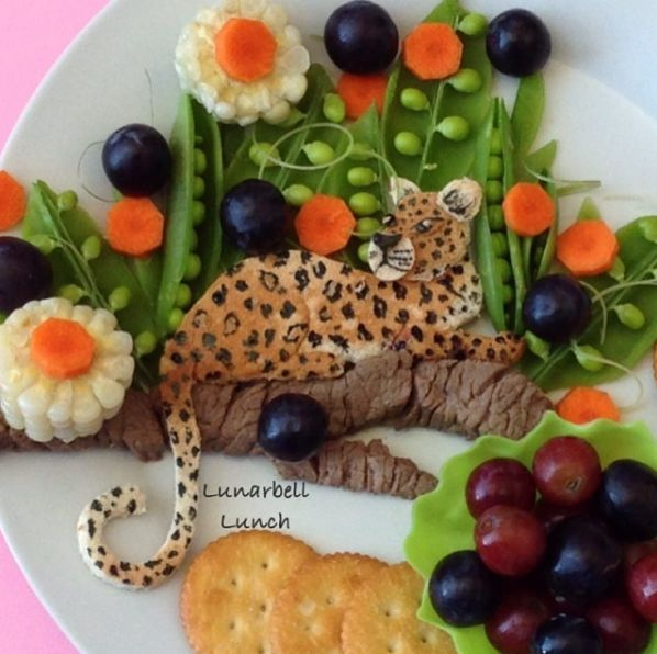 This Super Cool Mom Turns Her Kids' Lunches Into Actual Works Of Art