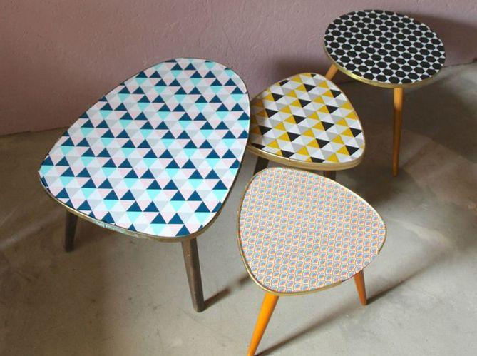 Les 25 meilleures id es de la cat gorie tables peintes sur for Papier a coller sur meuble