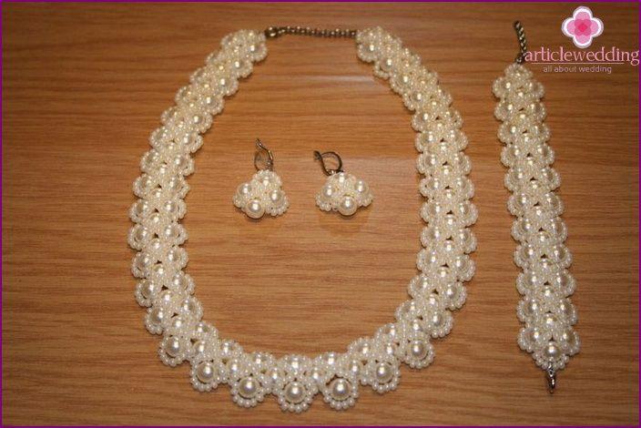 Svadobné dekorácie prehľad korálkové módne šperky, master class, foto