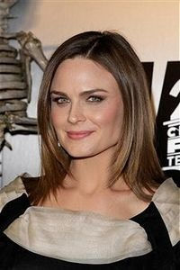 Emily Deschanel    A committed vegan, Emily hosted a vegan ceremony and reception at her wedding to actor David Hornsby.
