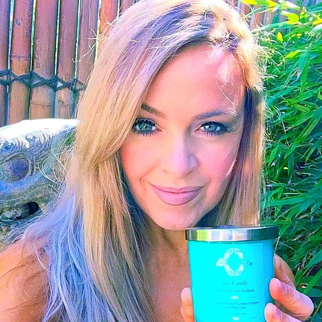 It's scented candle time. Beat emotional eating at www.kyliepax.com