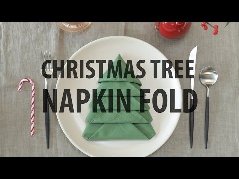 Cool Video Tutorial shows how to folkd a napkin like a Christmas Tree!