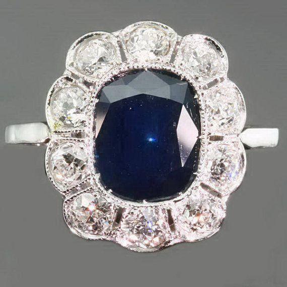 Beautiful 1920s sapphire engagement ring.