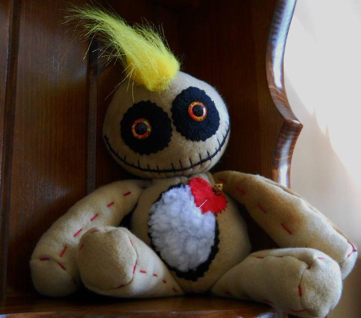 15 Voodoo roupas de boneca tecido de aniagem olhos de plástico por GhoulieDollies no deviantART