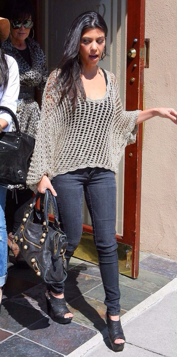 Kourtney Kardashian Casual Winter Outfits Images Galleries With A Bite
