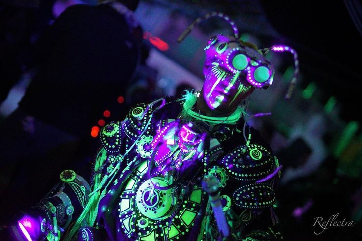 Enki - Techno Shaman.  #technoshaman #shaman #futureprimitive #tribal #ancienaliens #ancientastronaut #primitive #annunaki #ancientaliens #goggles #armor #uv #uvreactive #blacklight #glow #glowinthedark #burningman #burningman2015 #enki #facepaint #warpaint #costume #cosplay