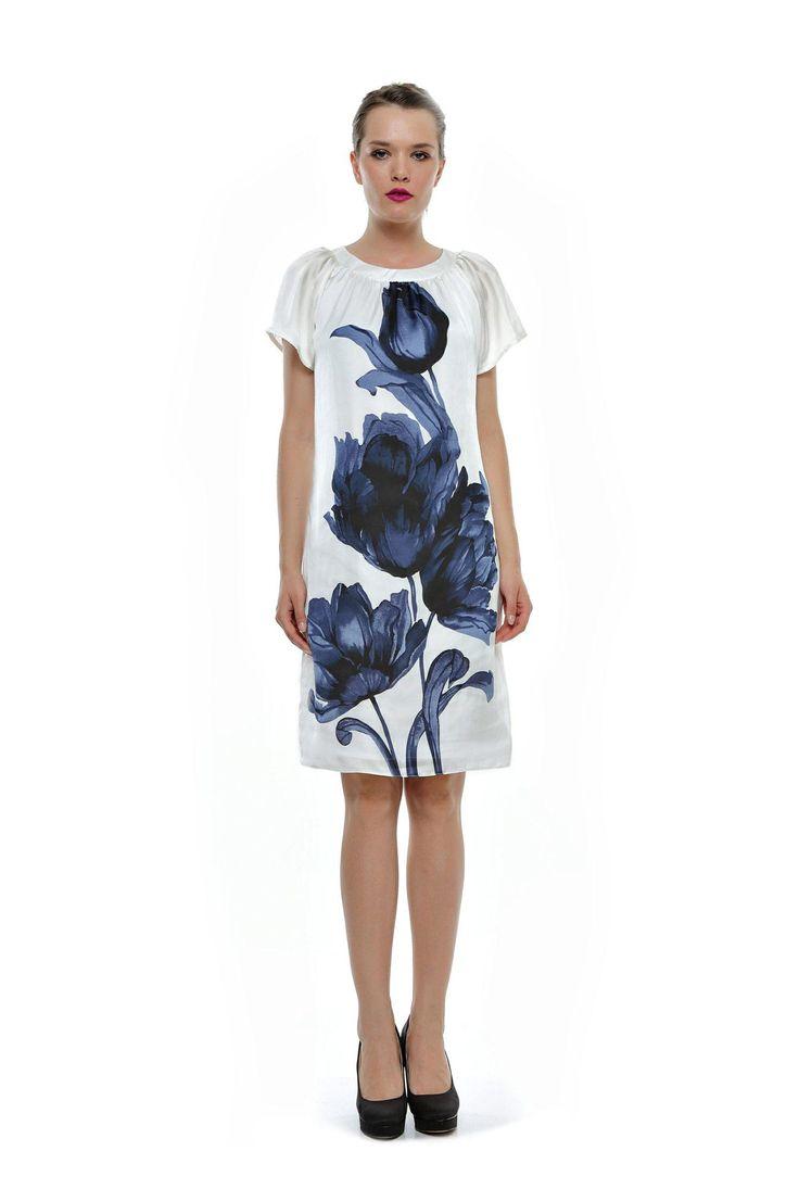 Rochie alba cu imprimeu floral albastru RO64 de la Ama Fashion