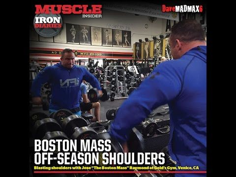 Jose Raymond training shoulders at the Mecca
