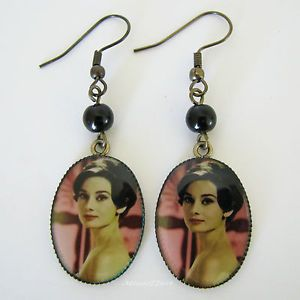 Audrey Hepburn Screen Goddess Picture Earrings Gold Plate with Glass Pearls - Missie77art Jewellery on ebay