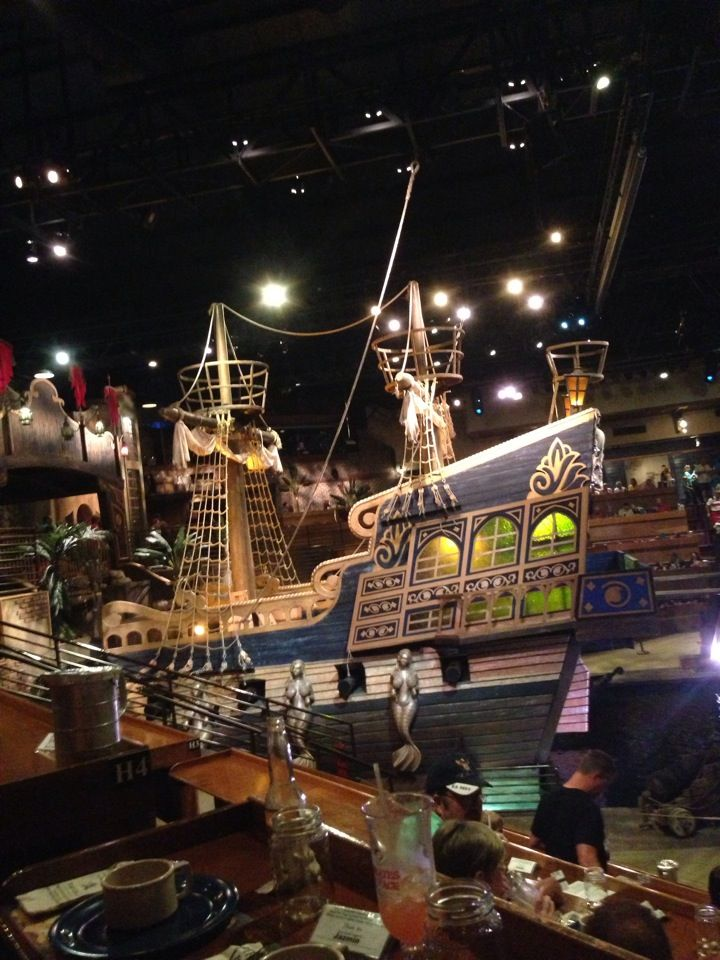 Pirates Voyage, Dinner Show in Myrtle Beach, South Carolina SC -- this was awesome, Macey, Landon and Syd loved it too!
