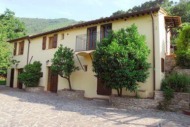 CASA MARAVILLOSA Casas en venta en la Toscana, comprar Casas rurales, villas, chalets, casas de campo en la Toscana, Vicopisano, Italia