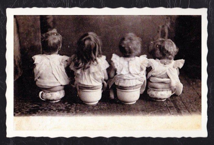 Nostalgische kaart met geschulpte rand Bijna te mooi om te verzenden ook leuk in een lijstje op het toilet!! gezien bij webshopknipenkadoshop