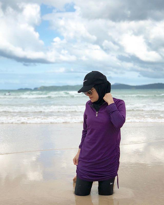 Modest swim wear, modest swim suit www.simplyzeena.com