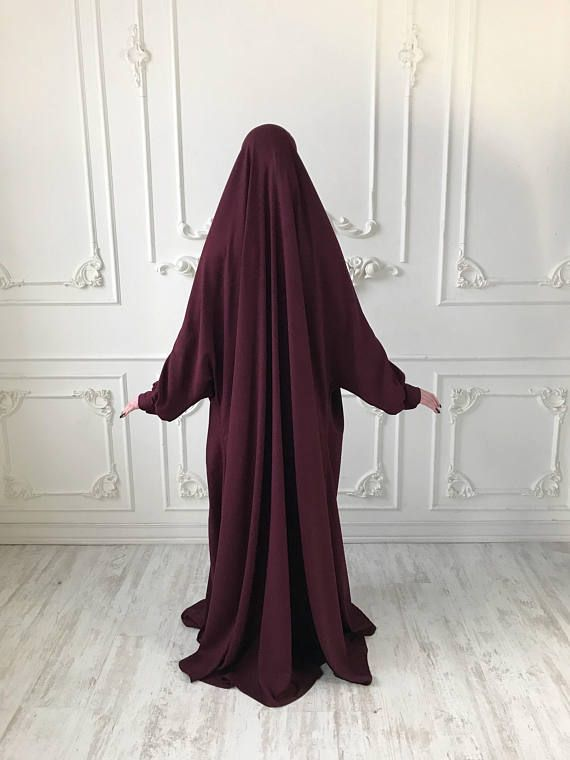 Our new model of jilbab! This wide khimar is dimensionless, it will suit women of any size. a beautiful loose straight silhouette hides the figure, but visually full of women he will make slimmer. The beautiful color of Marsala can be replaced by any other which you need! The wide