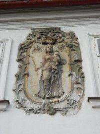 relief na měšťanském domě na Starém náměstí - nyní cukrárně