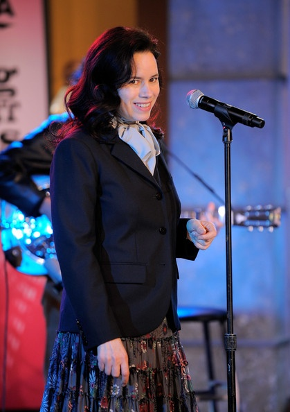"Natalie Merchant Photo - Natalie Merchant Performs On ABC's ""Good Morning America"""