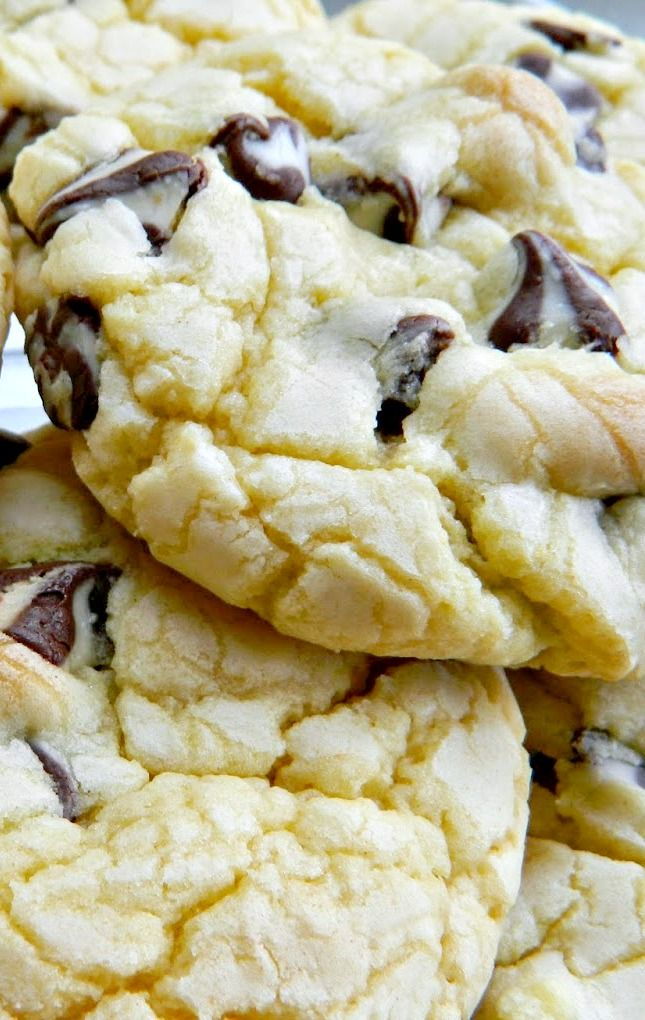 Four Ingredient French Vanilla Semi-Sweet White Chocolate Cookies Recipe