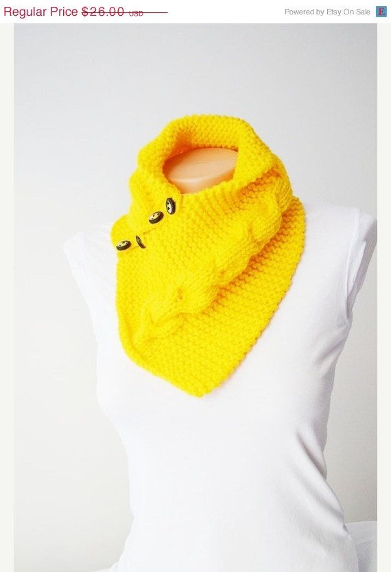 ON SALE SCARF yellow neckwarmers with button, Chunky Scarf , scarves, fall fashion, winter accessories, autumn, Knitting