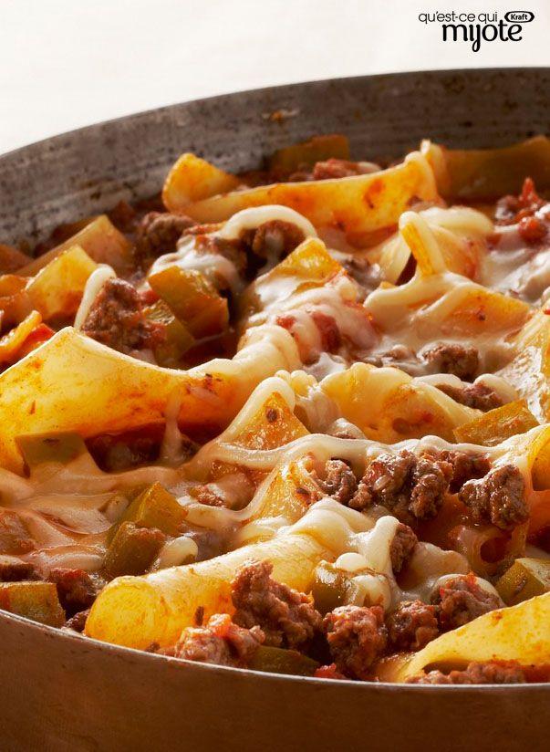 Lasagne express à la poêle pour soirs pressés : comme des lasagnes au four en cassant les pâtes en 4 et cuire 15 mn en remuant de temps en temps