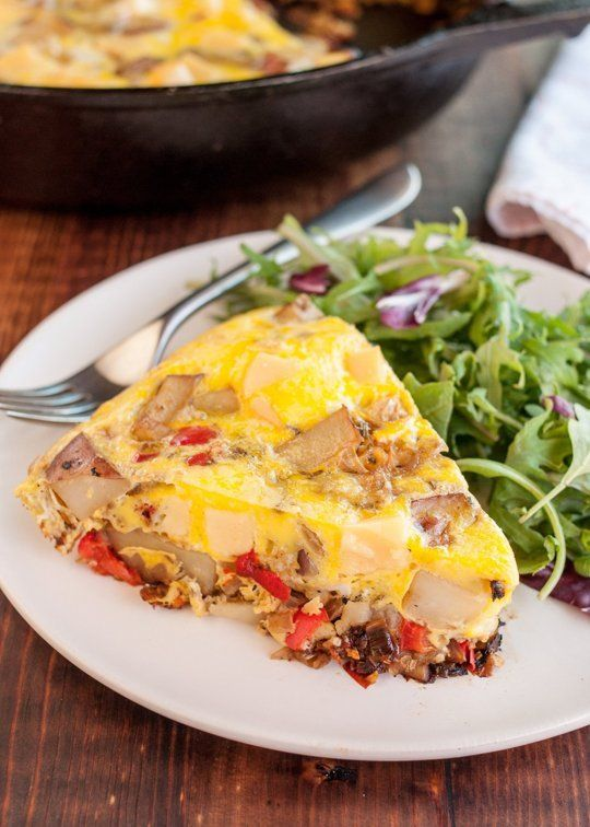 Recipe: Frittata with Potato, Red Pepper & Gouda — Vegetarian Dinner Recipes from The Kitchn | The Kitchn