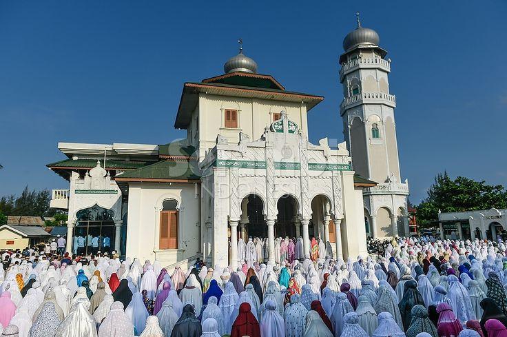FOTO-FOTO Gerhana Matahari di Banda Aceh - Serambi Indonesia