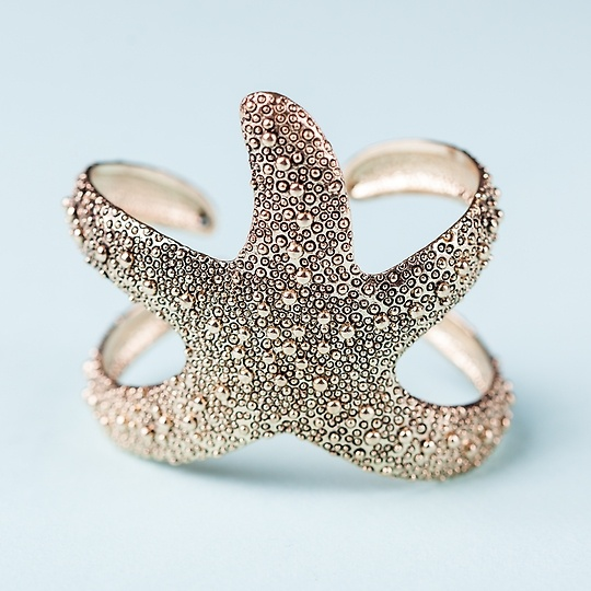 Whoa! Is that a starfish wrapped around your wrist?!