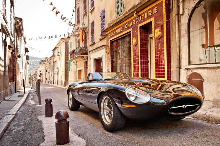 Cars on Record.: Photo