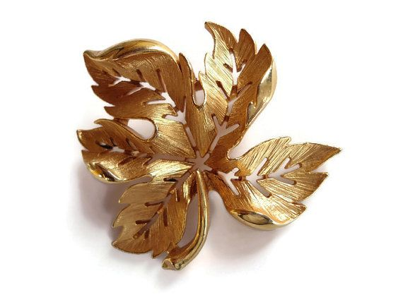 Vintage Maple Leaf Brooch  Gold Tone Pin  Gold от TansyBelVintage