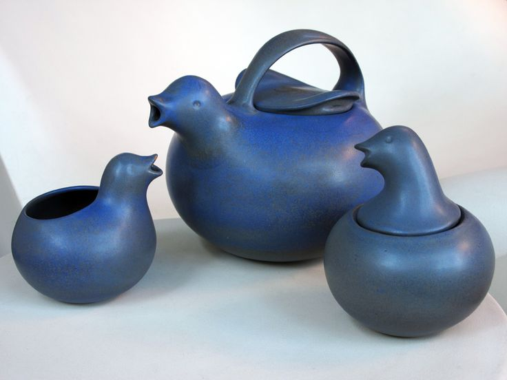 Eva Zeisel Fine Stoneware by Monmouth duck tea set in the elusive Blueberry glaze.