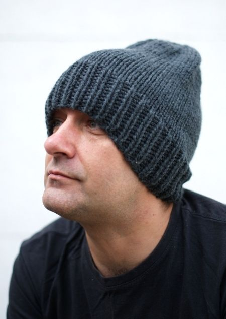 Woolly Wormhead - The Long Beanie - free mens Hat knitting pattern.  Free