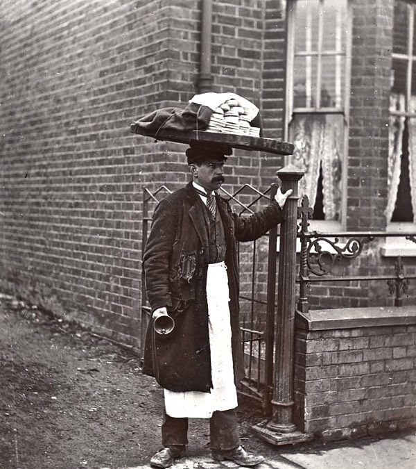 Muffin man, c. 1910, London do you know the muffin man