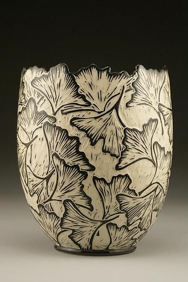 one of my absolute favorite potters....Ginkgo Vase Edge sculpté