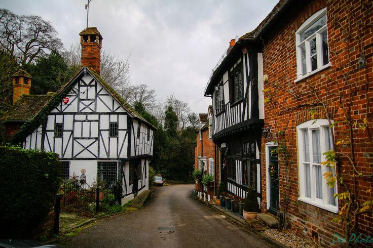 Po stołowych szaleństwach świąt przyszła nam ochota na spacer. Wybraliśmy się, więc do małej wioski Chilham, niedaleko Canterbury. Ta malownicza miejscowość niejednokrotnie służyła, jako plener do ...