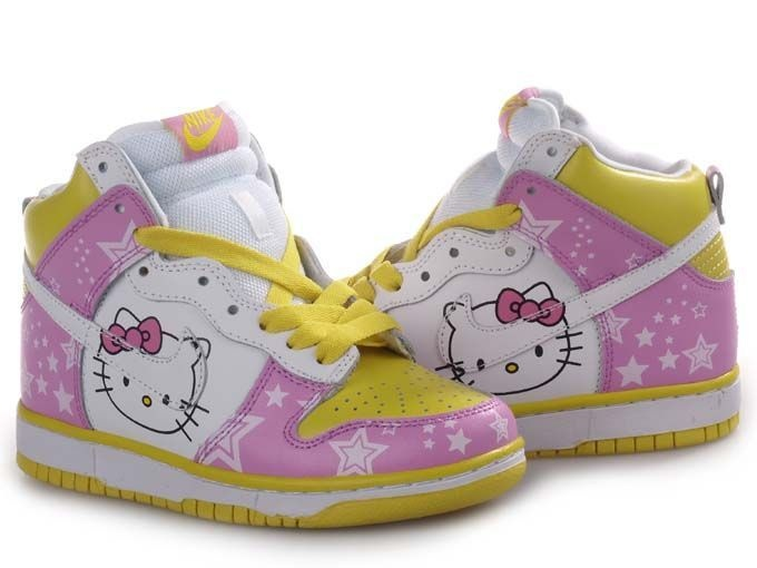 hello kitty dunkers