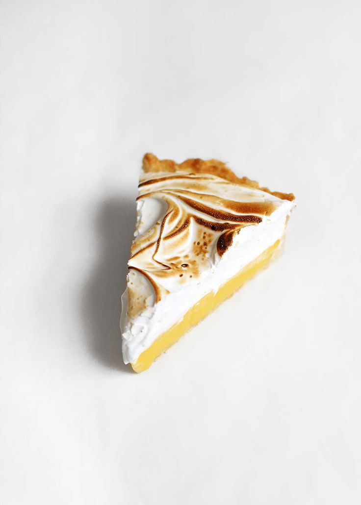 Lemon Meringue Pie made with an easy 7 minute meringue by The Fauxmartha