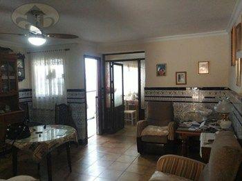 #Vivienda #Sevilla Chalet en venta en #Brenes - Chalet en venta por 82.000€ , en buen estado, 4 habitaciones, 116 m², 2 baños, con terraza, calefacción no