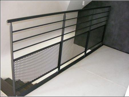 les 25 meilleures id es concernant balustrade alu sur pinterest garde corps alu rampe. Black Bedroom Furniture Sets. Home Design Ideas