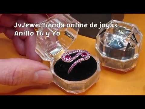 Elegante anillo con 42 rubíes sintéticos. Regalo ideal para demostrar tu amor. #jewel#jewelry#jewellry#fashion#ring#anillo#silver#sanvalentin#amor #moda#gemstones#stones#gems#gemstonesjewelry #bride#novia#boda#wedding#invitadas#regalos#presents#love #luxury#luxurylife #luxurylifestyle #rubi#ruby#ruby#red#rojo#pasion#passion #luxuryregalos