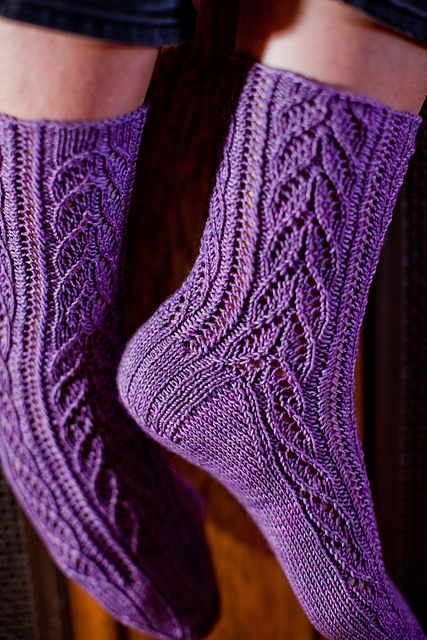 http://www.ravelry.com/patterns/library/crocus-vernus-socks