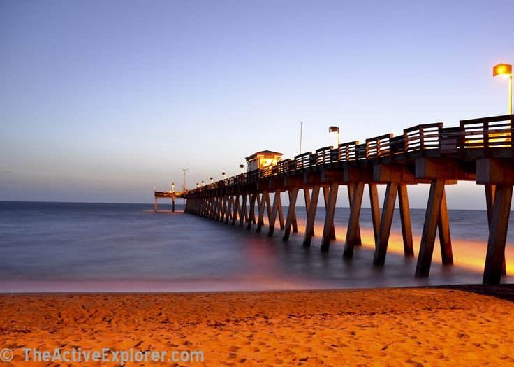 Sharky 39 s pier venice fl love this beach right by in for Sarasota fishing pier