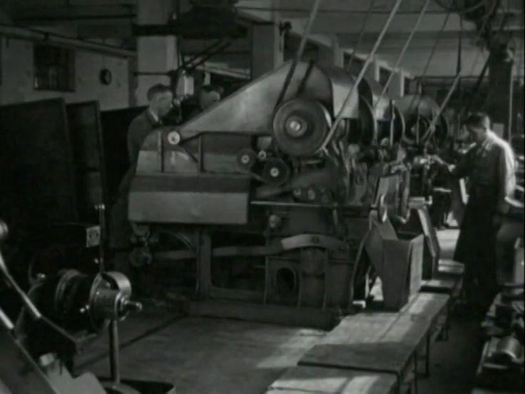 Historische beelden fabrieken Noord Nederland.  gemonteerd op nieuwe muziek.  Nick Landman. Terra Eelde