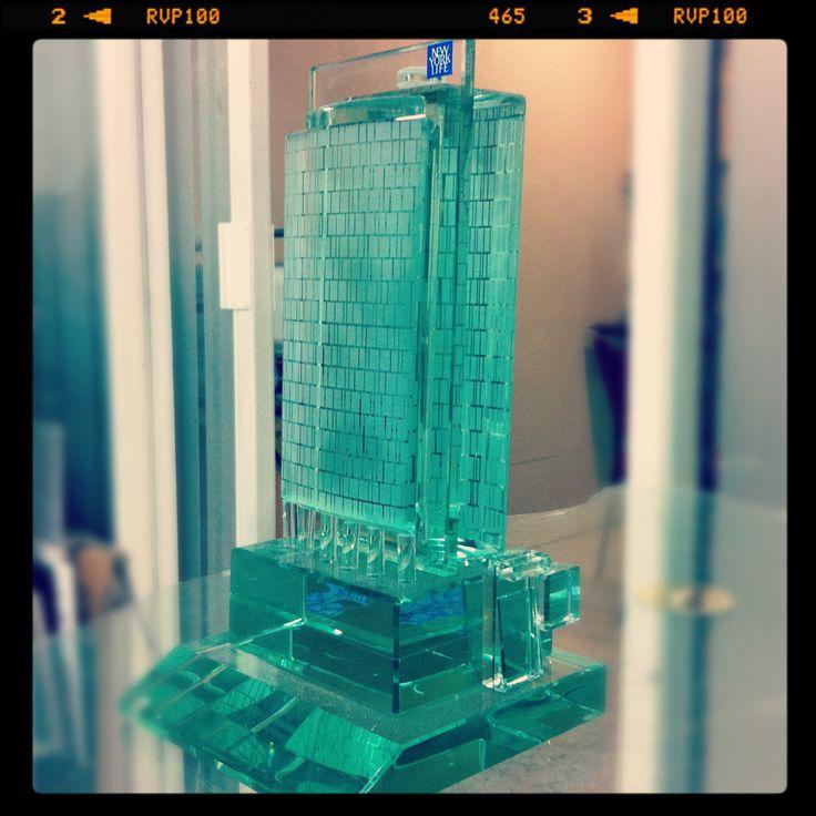 Escultura de cristal edificio NEW York life mexico
